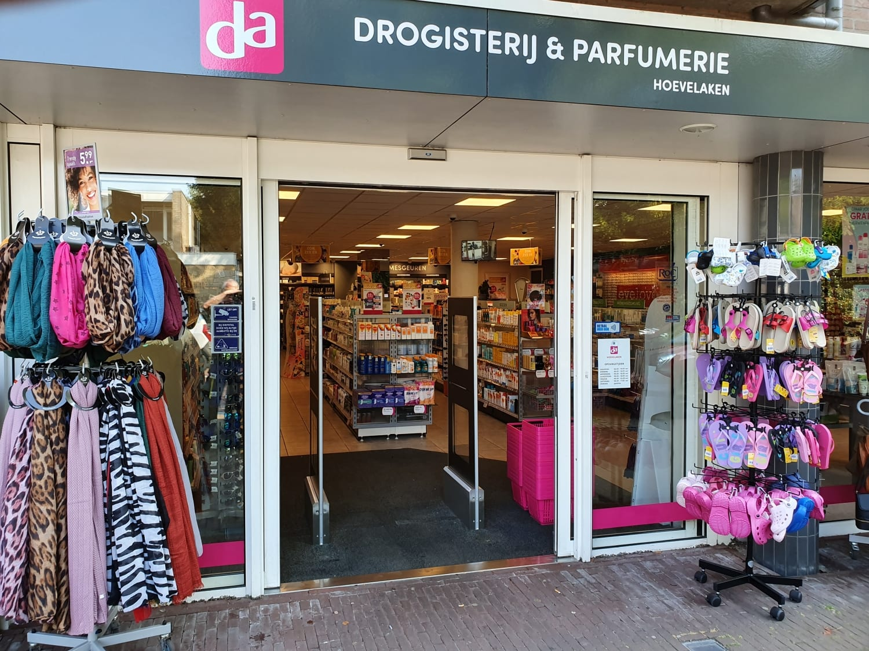 DA - Hoevelaken - parfumerie - drogisterij - artikelbeveiliging - productbeveiliging - detectiepoortjes - EM - TAGIT - Premium Light - cosmetica - parfum - beveiligingslabels - discreet - transparant - drogist